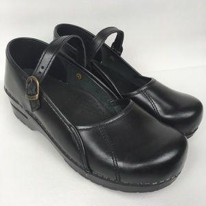 SANITA Sz 9/40 Black Leather Mary Jane Shoes